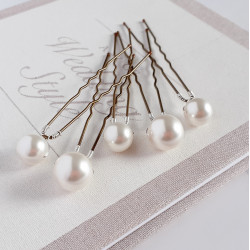 Mary Statement Pearl Hair Pins